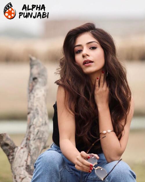 Sufna Punjabi Movie Tania